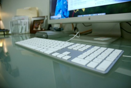apple-keyboard-1.jpg