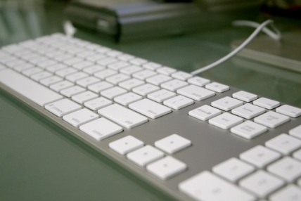 apple-keyboard-2.jpg